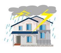 Verbraucher sollten darauf achten, dass in der Immobilienversicherung auch die Überspannung versichert ist.